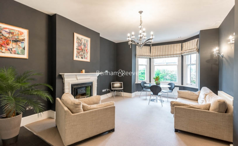 picture of 2 Bedroom(s) flat in  Ornan Road, Belsize Park, NW3
