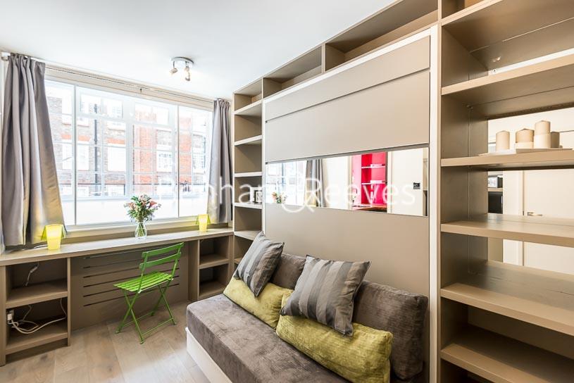 picture of studio flat in  Knightsbridge