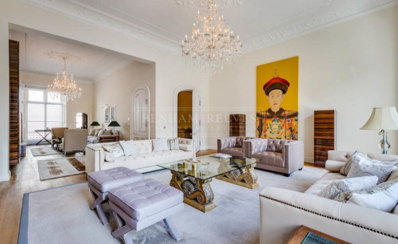 picture of 6-bed flat in  Knightsbridge