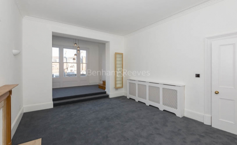 picture of 2 Bedroom(s) flat in  Queen