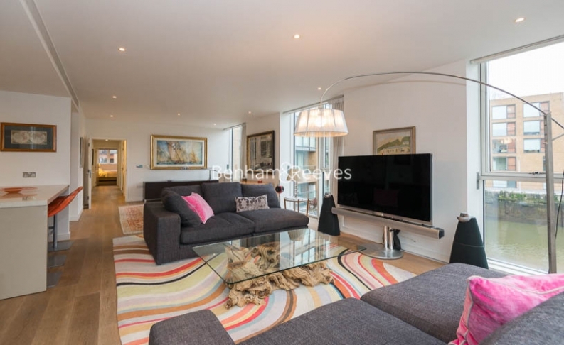 picture of 2 Bedroom(s) flat in  Grosvenor Waterside, Chelsea Embankment, SW1W