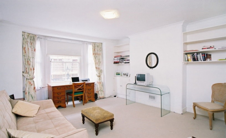 picture of 1 Bedroom(s) flat in  Marlborough, Walton Street, SW3