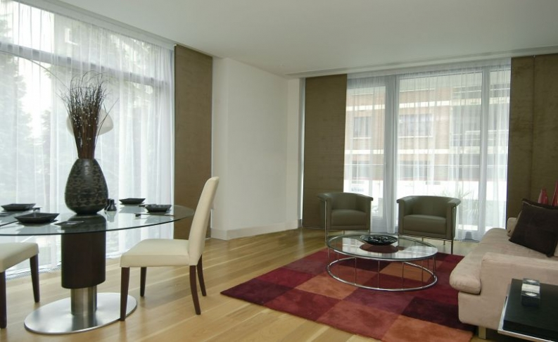 picture of 1 Bedroom(s) flat in  The Knightsbridge Apartments, Knightsbridge, SW7