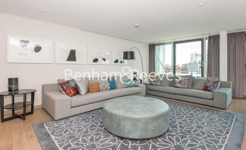 picture of 2 Bedroom(s) flat in  W Residences, Wardour Street, Soho, Fitzrovia,W1D