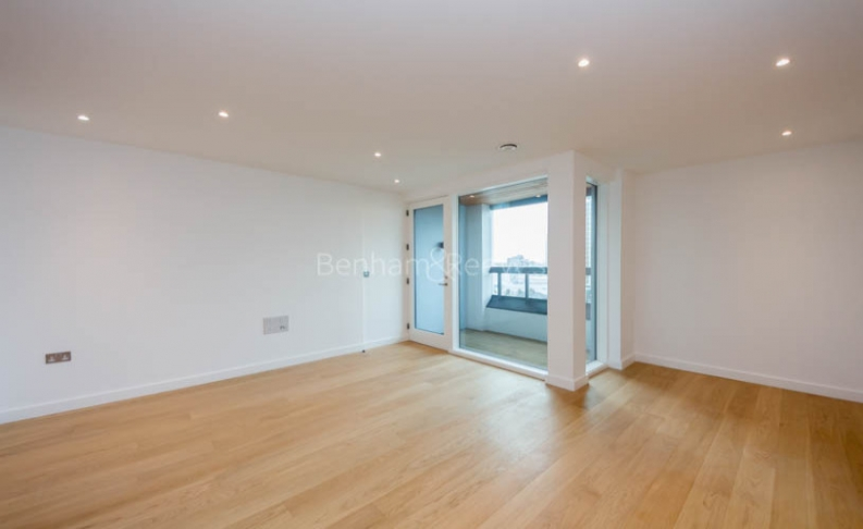 picture of 3-bed flat in  Kensington
