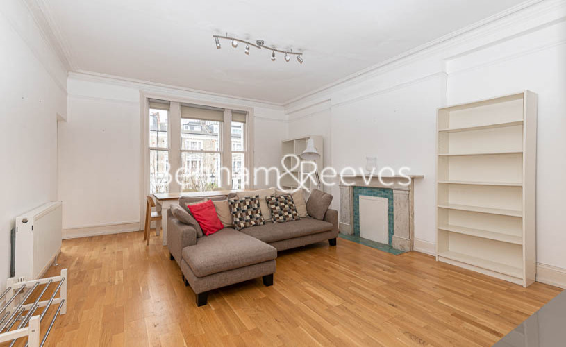 picture of 2 Bedroom(s) flat in  Elsham Road, West Kensington, W14