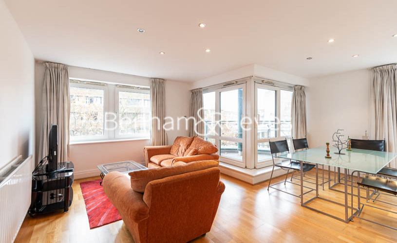 picture of 2 Bedroom(s) flat in  Beckford Close, Kensington, W14