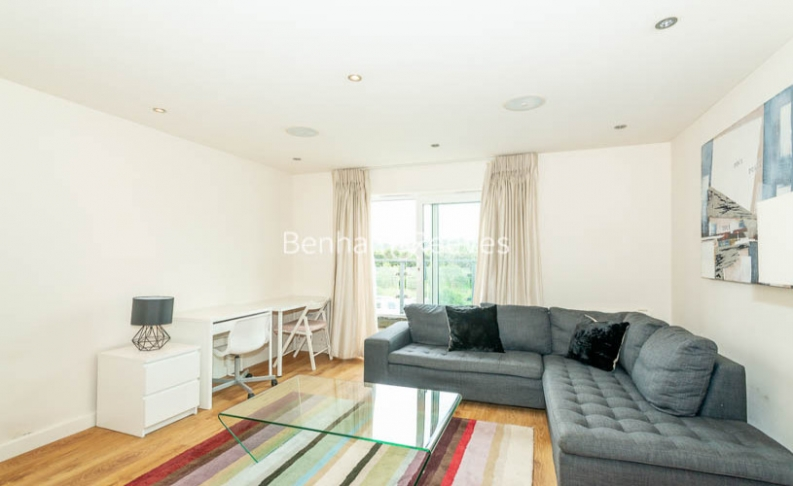 picture of 2 Bedroom(s) flat in  Beaufort Park, Colindale, NW9