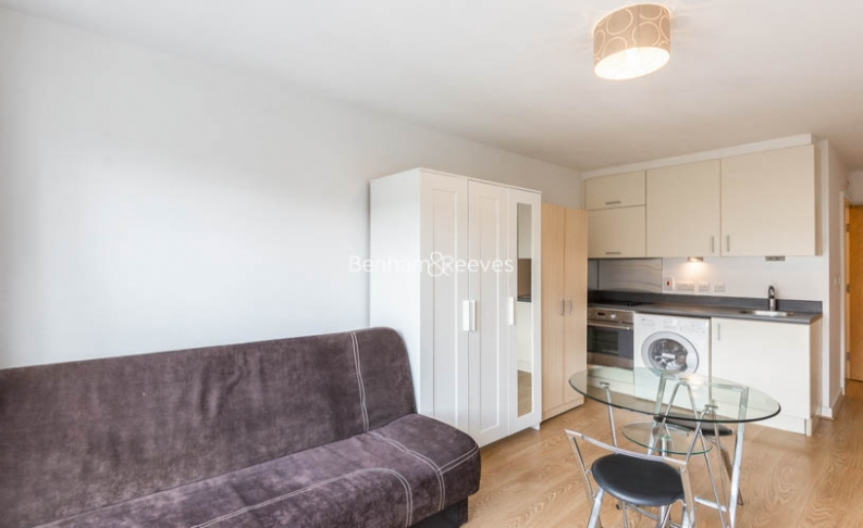 picture of Selection of Amenities On-site flat in  Heritage Avenue, Colindale, NW9