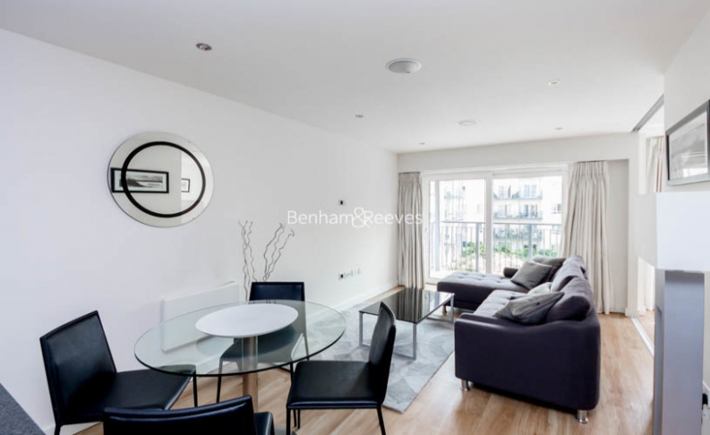 picture of Studio flat in  Commander Avenue, Colindale, NW9