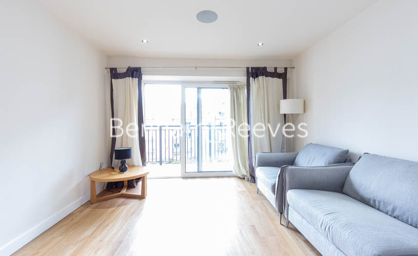 picture of 2 Bedroom(s) flat in  East Drive, Colindale, NW9