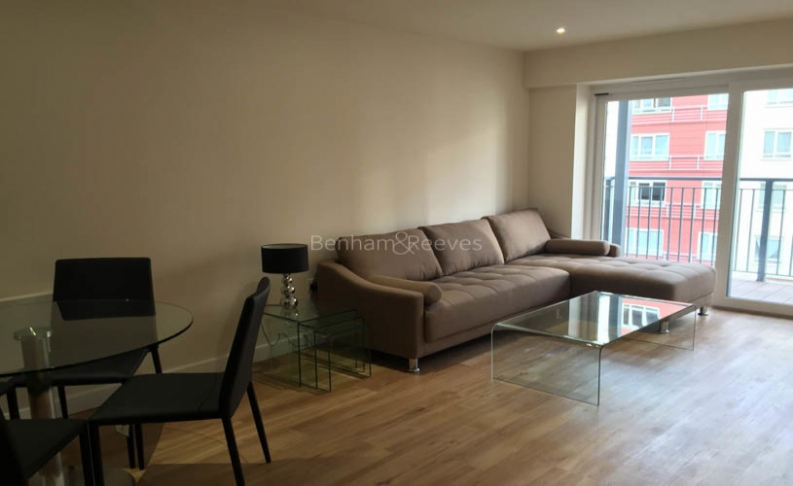 picture of 1 Bedroom(s) flat in  Bouleverd Drive, Colindale, NW9