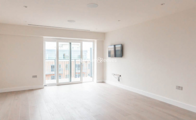 picture of 3 Bedroom(s) flat in  Aerodrome Road, Colindale, NW9