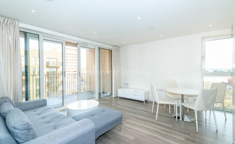 picture of 2 Bedroom(s) flat in  Moorhen Drive, West Hendon, NW9