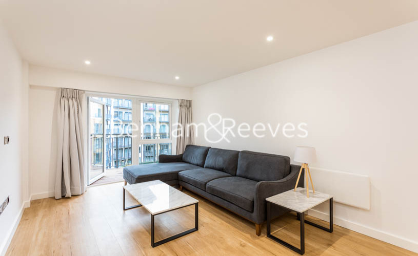 picture of 2 Bedroom(s) flat in  Caversham Road, Colindale, NW9