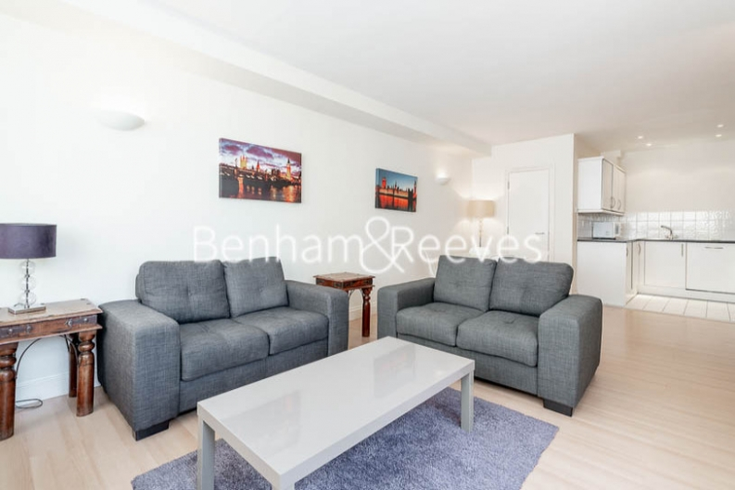 picture of 1 Bedroom(s) flat in  West Smithfield, Farringdon, EC1