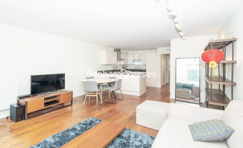 picture of 2 Bedroom(s) flat in  Peerless Street, Old Street, EC1