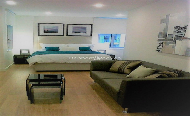 picture of studio flat in  Canary Wharf