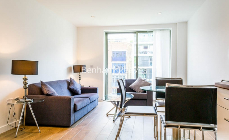picture of 1-bed flat in  Canary Wharf