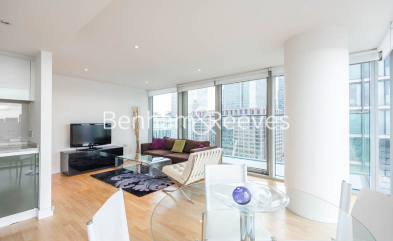 picture of 2 Bedroom(s) flat in  Landmark West, Marsh Wall, E14