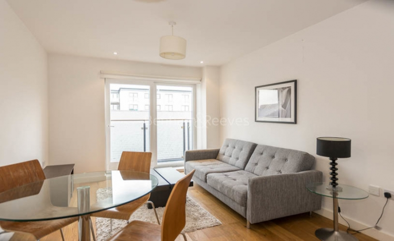 picture of 1 Bedroom(s) flat in  Forge Square, West Ferry Road, E14