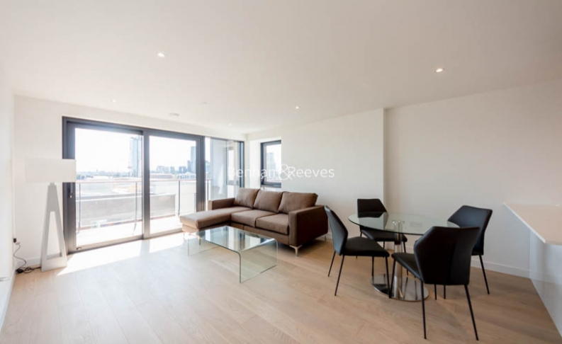 picture of 3 Bedroom(s) flat in  Yabsley Street, Canary Wharf, E14