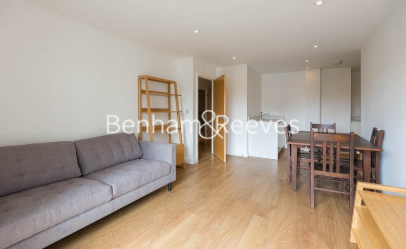 picture of 1 Bedroom(s) flat in  Sargasso Court, Canary Wharf, E3