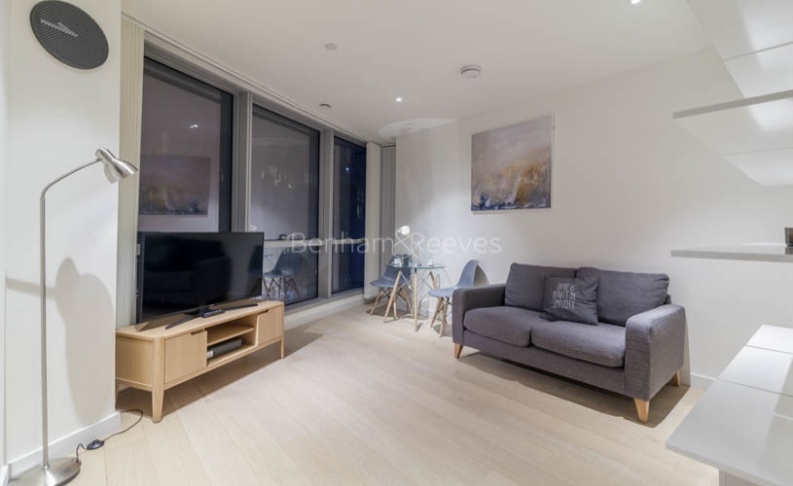 picture of Studio flat in  Charrington Tower, Providence Wharf, E14