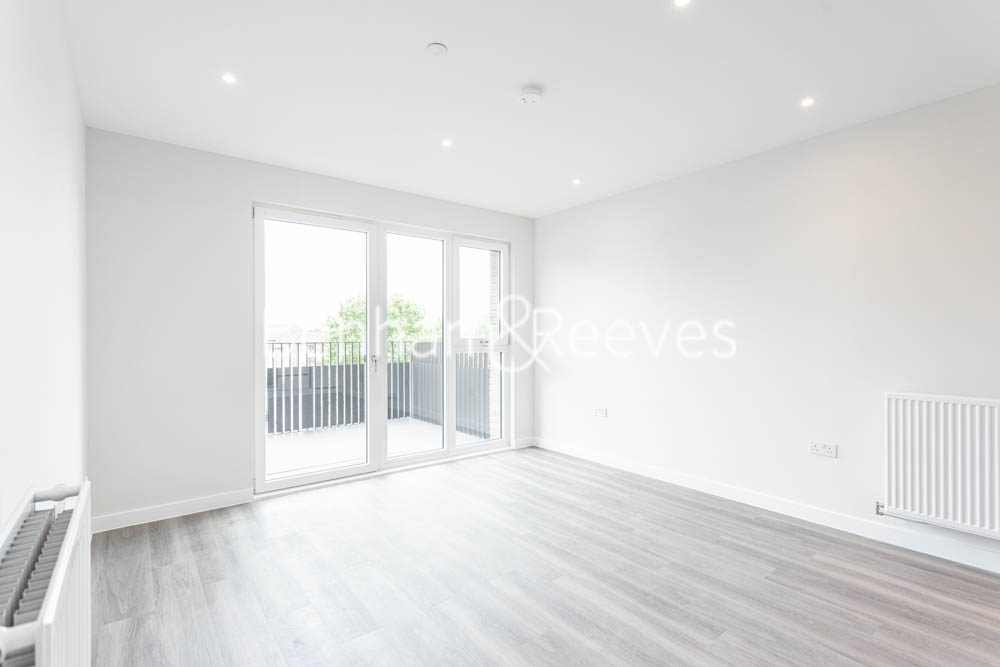 picture of 1 Bedroom(s) flat in  Rosebay House, 8 Frank Searle Passage, E17
