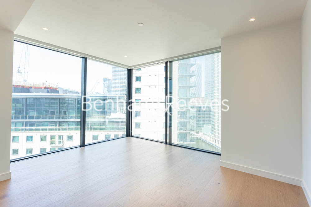 picture of 1 Bedroom(s) flat in  Hampton Tower, 75 Marsh Wall, E14