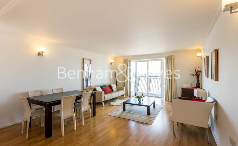 picture of 2 Bedroom(s) flat in  Hutchings Street, Canary Wharf, E14
