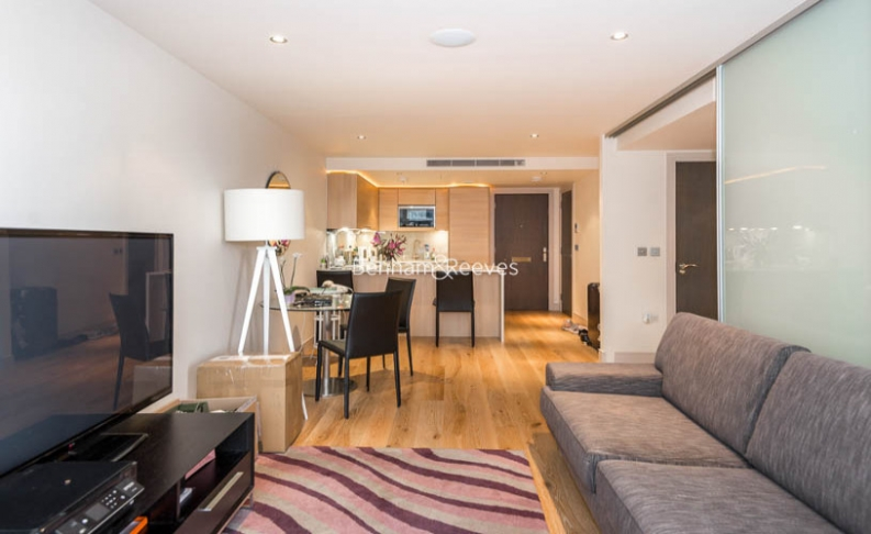 picture of Studio flat in  Townmead Road, Fulham, SW6