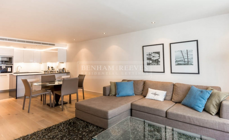 picture of 2 Bedroom(s) flat in  Park Street, Fulham, SW6
