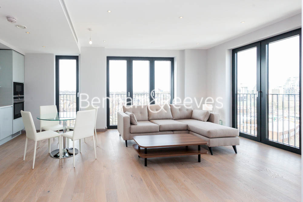 picture of 3 Bedroom(s) flat in  Cummings House, Wandsworth, SW18