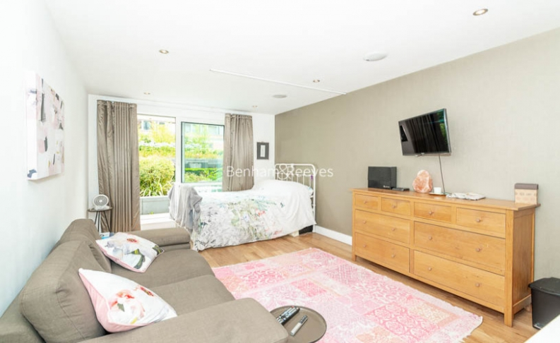 picture of Studio flat in  Chelsea Creek, Imperial Wharf, SW6