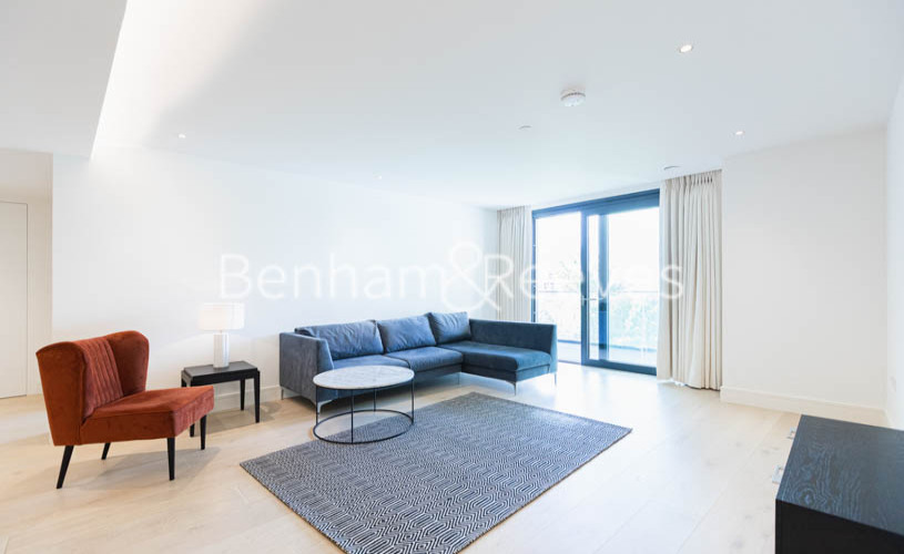 picture of 3 Bedroom(s) flat in  Lighterman Towers, Chelsea, SW10