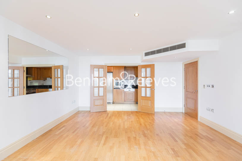 picture of 2 Bedroom(s) flat in  Regency House, Imperial Wharf, SW6