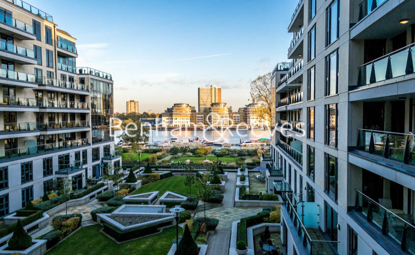 picture of 3 Bedroom(s) flat in  Lensbury Avenue, Imperial Wharf SW6