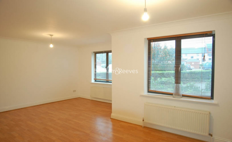 picture of 2 Bedroom(s) flat in  Manor Gardens, Upper Holloway, N7