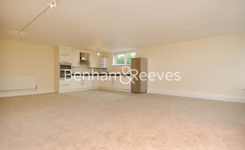 picture of 2 Bedroom(s) flat in  Shepherds Hill, Highgate, N6