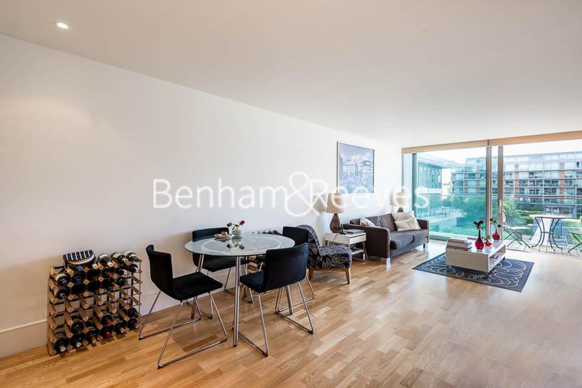 picture of 1 Bedroom(s) flat in  Highbury Stadium Square, Islington, N5
