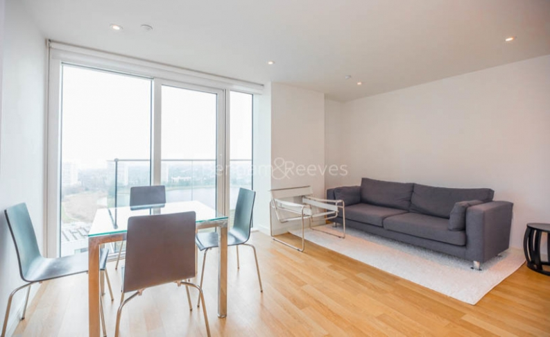 picture of 1 Bedroom(s) flat in  Residence Tower, Woodberry Grove, N4