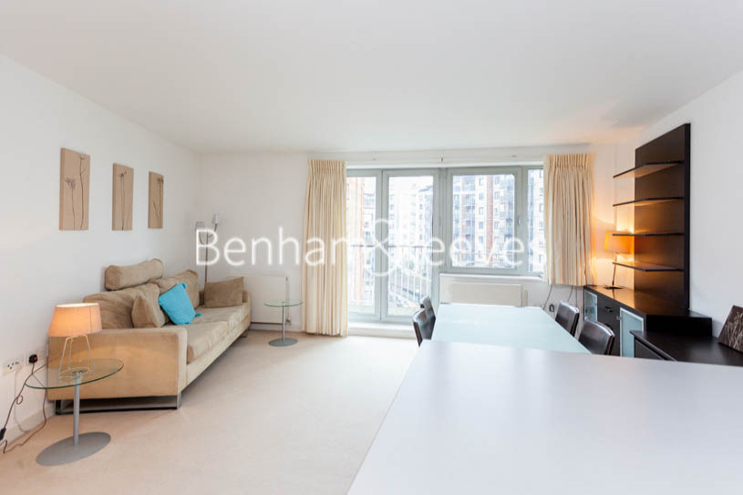 picture of 1 Bedroom(s) flat in  Garand Court, Eden Grove, N7