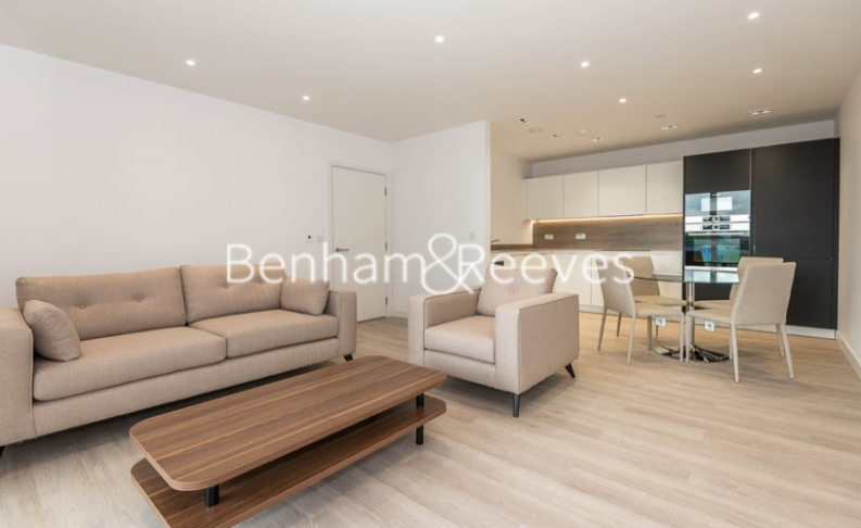 picture of 2 Bedroom(s) flat in  Woodberry Park, Highgate, N4