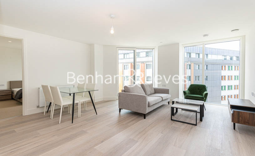 picture of 2 Bedroom(s) flat in  Daneland Walk, Highgate, N17