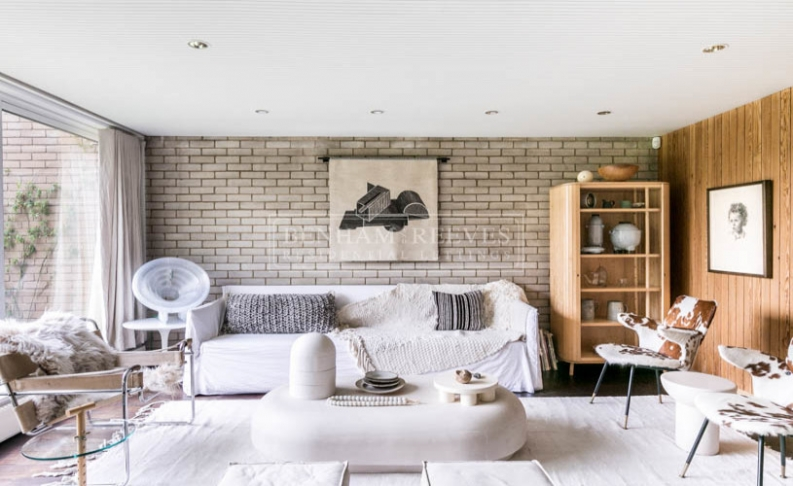 picture of 4-bed flat in  Highgate