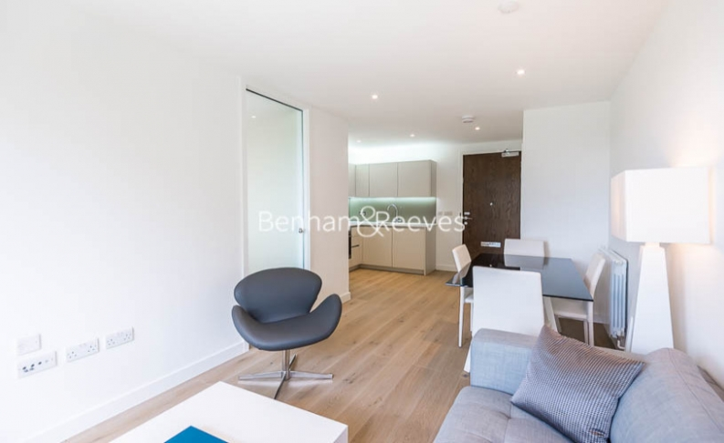 picture of Studio flat in  Maltby House, Kidbrook Village, SE3