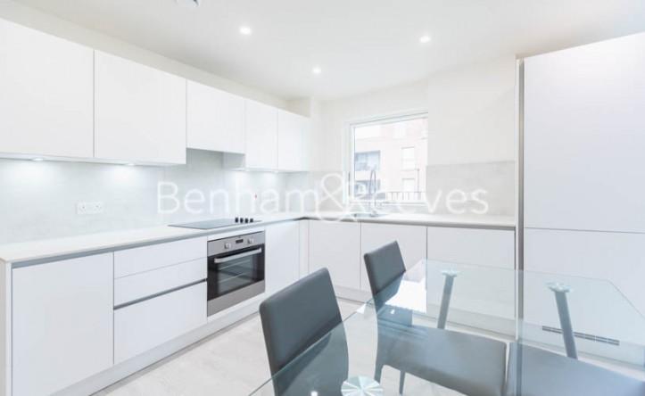 2 Bedroom flat to rent in Harrow View, Harrow, HA1