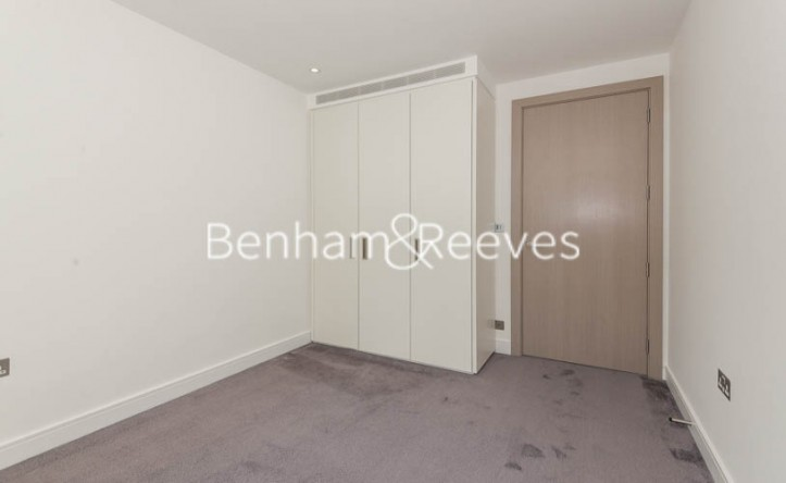 3 Bedroom flat to rent in Fulham Reach, Hammersmith, W6