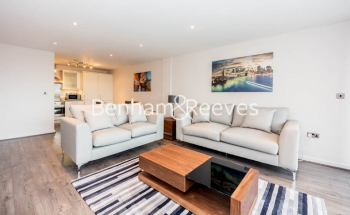 2 Bedroom flat to rent in Millennium Court, Waterloo, SE1